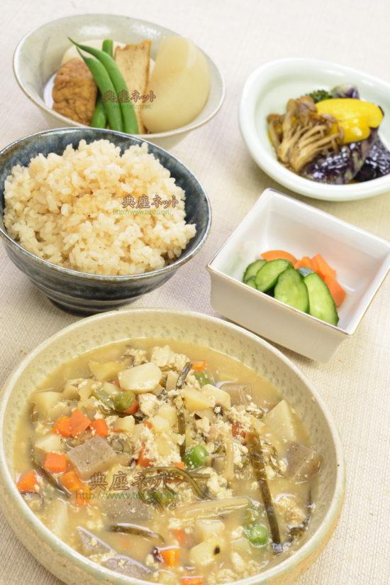 令和元年七月盆のお供え精進料理、はじめます